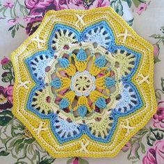 Octagon no 7 of my #easternjewels #persiantiles blanket #crochet#haken#hekel#hakeniship#lekkerhekel#hekelliefde#crochetgirlgang#stylecraftspecialdk#crochetblanket#janiecrow#crochetmotif
