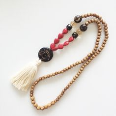 Red and black long tassel necklace
