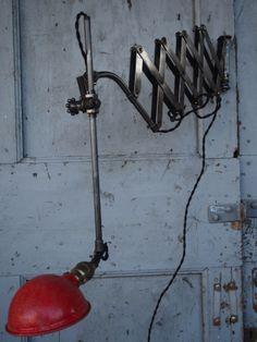 Rare Lampe O.C. White Industrielle applique scissor