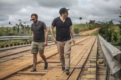 Sébastien and Ghislain co-founders of Veja on the rubber path in the Amazon forest. // Learn more on the Journal.: @veja #MuseMonday