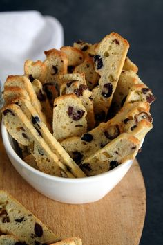 Savoury Biscuits, Savoury Baking, Tapas, Easy Cooking, Cooking Recipes, My Favorite Food, Favorite Recipes, Healthy Crackers, Brunch