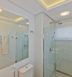 Milhares de imagens, infinitas inspirações para sua casa. Portobello, Alcove, Bathtub, Mirror, Bathroom, Furniture, Home Decor, Bathrooms, Houses