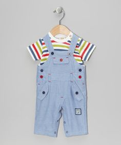 Perfect for cuddly kiddos, this set blends oh-so-soft cotton with a playful print. The handy closures on the tee along with adjustable straps and a snap closure on the overalls make for one effortless ensemble.Includes tee and overalls100% cottonMachine washImported