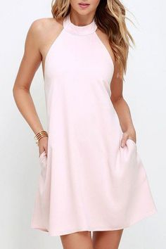 When and Why Wear Halter Dresses halter dresses chic light pink dress - halter dress - trapeze dress dxqldvh Fall Dresses, Cute Dresses, Casual Dresses, Summer Dresses, Halter Dresses, Summer Outfits, Mini Vestidos, Vestidos Vintage, Traje Casual