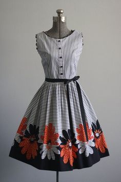 Vintage 50s Dress / 1950s Cotton Dress / por TuesdayRoseVintage
