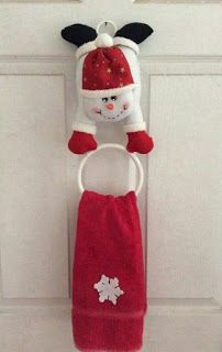 Elf Christmas Decorations, Felt Christmas Ornaments, Christmas Stockings, Christmas Holidays, Christmas Projects, Felt Crafts, Christmas Crafts, Christmas Bathroom, Homemade Christmas