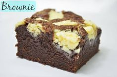 Brownie da Isamara. Ele é uma delícia e o chocolate branco dá um contraste todo particular. Veja também: Receita do Brownie do Luis Veja também: Receita de
