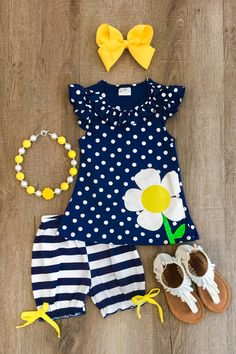 With our variety of kids dresses, mommy + me clothes, and complete kids outfits, your child is going to love Sparkle In Pink! Toddler Girl Style, Toddler Girl Outfits, Baby Girl Dresses, Toddler Fashion, Baby Dress, Kids Outfits, Kids Fashion, Cute Outfits, Little Girl Outfits