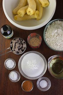 Vegan Banana Chocolate Chunk Muffins via @TheVietVegan// #vegan #baking #banana #muffins