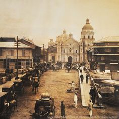 A view of Church from San Fernando St. Bridge from way back :) Source: Bahay Tsinoy Museum, 32 Anda St. Philippines Fashion, Philippines Culture, Manila Philippines, Filipino Architecture, Philippine Architecture, Old Pictures, Old Photos, Vintage Photos, Philippine Holidays