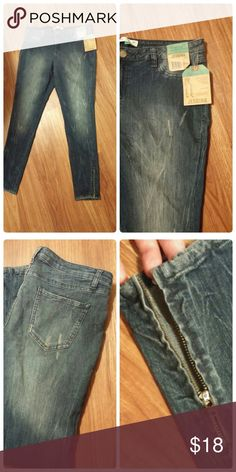 Nwt! Distressed skinny jeggings Brand new, distressed with zippers at ankles. Jeans Skinny