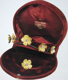 gold flower tiara    gold and garnets floral tiara