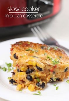 Slow cooker Mexican casserole. Huge flavours and a crispy cheesy crust - and no pre-cooking required!