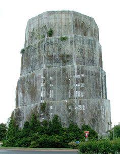 Christian de Portzamparcs Quatre Pavés Water Tower, Noisiel.