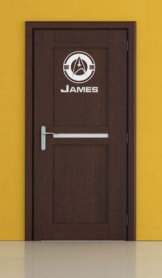 Star Trek COMMANDING OFFICER Door Insignia & name by cutnpasteshop, $14.00