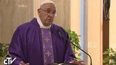 Papa Francesco: 'Chi confida in sé e nel proprio conto in banca è infelice' (video)