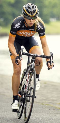 Wiggle jersey, awesome UK cycling site.