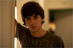 Adoration : Foto Devon Bostick