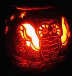 Cleveland lawyer-in-waiting is quite the pumpkin carver - Crain's ...