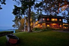 The Captain Whidbey Inn - Coupeville on Whidbey Island in Washington State