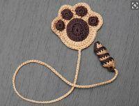 Sweet Nothings Crochet, Kitty Cat Extravaganza 5, free crochet paw pattern, paw bookmark