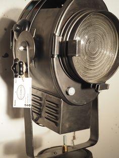 Projecteur Cremer sur rare  trépied crémaillère