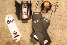 Potpourrimommy: Halloween Chocolate Bar Covers