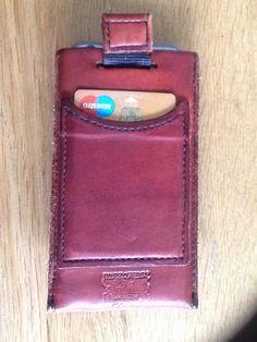 iPhone bescherm hoesje Card Case, Wallet, Iphone, Craft Work, Purses, Diy Wallet, Purse