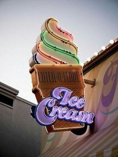 Catch-a-Flave Ice Cream, retro neon sign Fred Instagram, Disney Instagram, Ice Cream Sign, Ice Cream Font, Ice Cream Beach, Vintage Neon Signs, Ice Cream Parlor, Ice Cream Shops, Poster S