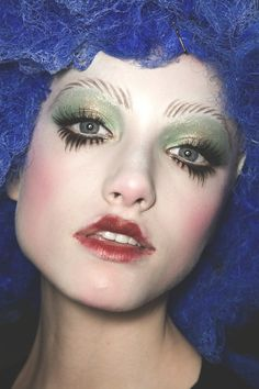 John Galliano Spring 2009 make up by Pat McGrath Eye Makeup, Runway Makeup, Hair Makeup, Real Techniques Brushes, Makeup Techniques, Maquillage Halloween, Halloween Makeup, Makeup Inspo, Makeup Inspiration