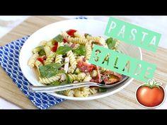 Pastasalade met gerookte kip (+video) - Lekker en Simpel