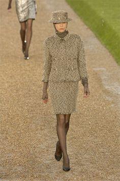 Chanel Fall 2007 Couture Fashion Show - Sasha Pivovarova