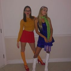 The only mystery they can't solve is why they are so cute Halloween Costumes For Teens Girls, Cute Group Halloween Costumes, Trendy Halloween, Cute Costumes, Halloween Outfits, Scooby Doo Costumes, Girl Duo Costumes, Group Costumes, Cute Best Friend Costumes