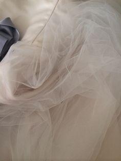 Pronte per lo shooting di domenica?....io quasi!! Alessandro Tosetti www.tosettisposa.it Www.alessandrotosetti.com #abitidasposa2015 #wedding #weddingdress #tosetti #tosettisposa #nozze #bride #alessandrotosetti #modasottolestelle #cnms #swissfashiontv #catalogo