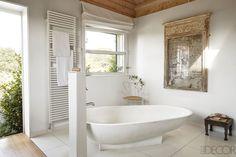 Master Bath - ELLEDecor.com