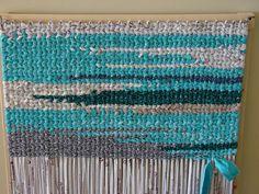 Easy Rag Rug Loom : Make Rag Rug Loom. Make rag rug loom. Rug Loom, Loom Weaving, Tapetes Diy, Rug Inspiration, Diy Carpet, Weaving Techniques, Crafty Craft, Rug Hooking, Loom Knitting