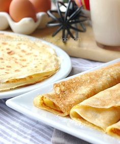Crêpes bretonnes : Les meilleures du monde ! - Ma fleur d'oranger Thermomix Desserts, No Cook Desserts, Dessert Recipes, Speed Foods, French Dishes, Crepe Recipes, Pancakes And Waffles, How Sweet Eats, Sweet Recipes