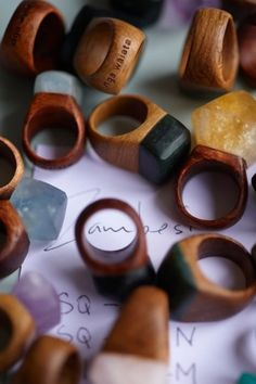 nga waiata rings - my new ring pounamu and black Maire. Wooden Jewelry, Diy Jewelry, Jewelry Rings, Jewelry Accessories, Fashion Jewelry, Jewelry Design, Ringa Linga, Wooden Art, Wood Rings