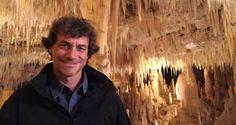 """#puglia #viaggi #storia #pieroangela #apulia #traveling #history  [IT] «Io sono uno che viaggia – dice Alberto Angela – ma solo in Puglia mi sono sentito avvolto dalla coperta dell'antichità e del calore umano»  [EN] """"I am one who travels - says Alberto Angela - but only in Puglia I felt enveloped by the blanket of antiquity and the human warmth""""  >http://www.itipicidipuglia.it/2015/10/18/puglia-alberto-angela-donna-occhi-bellissimi/"""