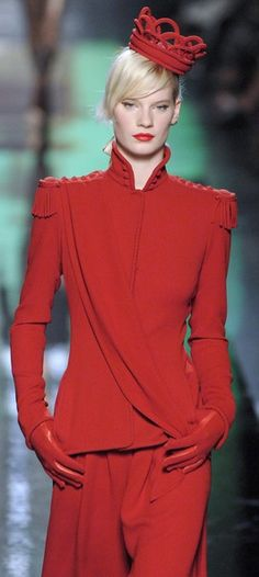 Jean Paul Gaultier Haute Couture 2007. Red, red, and more red. This model's been crowned queen of red. :)