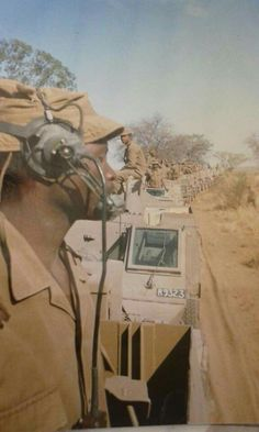 Company of 202 replenishing before going to support artillery Military Life, Military History, Military Gear, West Africa, South Africa, Once Were Warriors, Army Day, Brothers In Arms, Defence Force