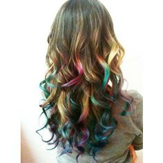 obsessed with dip dyed hair & hair chalk Ombre Highlights, Rainbow Highlights, Spring Hairstyles, Cool Hairstyles, Rainbow Hairstyles, Hairstyles Haircuts, Hair Colorful, Multicolored Hair, Colorful Fashion