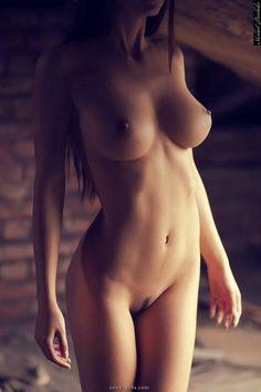 lovekaty_nude-43.jpg 500×750 píxeles