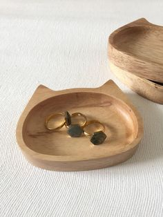 Wooden Cat-Face Ring Dish