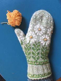 Silkesauen's Tusenfryd i Pickles *tech ed* Ein fryd å gjere tech ed på desse vottane av kollega Wenche i Vottelauget! For å ha litt færre trådar å halde styr på, venta eg med den gule mønsterfargen til slutt. Dvs eg strikka i botnfar. Knitted Mittens Pattern, Knit Mittens, Knitted Gloves, Knitting Socks, Hand Knitting, Knitting Designs, Knitting Projects, Knitting Charts, Knitting Patterns