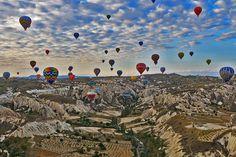 Dream destination: Hot air balloon ride in Cappadocia, Turkey #dreamdestination #turkey #travel #discover #explore