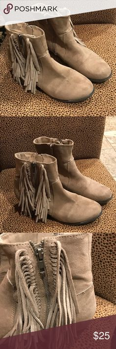 Union Bay Short Gray Suede Like Boot - Size 9.5M. Union Bay Short Gray Suede Like Boot - Size 9.5M. Lightly Worn, Fringe on side. UNIONBAY Shoes Ankle Boots & Booties