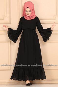Abaya Fashion, Muslim Fashion, Fashion Dresses, Hijab Chic, Hijab Fashionista, The Dress, Fasion, Clothes For Women, Abaya Style