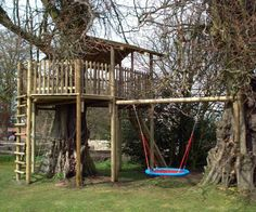 Simple Diy Treehouse For Kids Play 47 image is part of 70 Ideas Simple DIY Treehouse for Kids Play that You Should Make it! gallery, you can read and see another amazing image 70 Ideas Simple DIY Treehouse for Kids Play that You Should Make it! on website Kids Outdoor Play, Backyard For Kids, Outdoor Fun, Outdoor Toys, Room Ideias, Simple Tree House, Tree House Plans, Tree House Designs, Backyard Playground