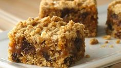 Enjoy these chewy oatmeal bars made using Betty Crocker® Gluten Free chocolate chip cookie mix, filled with a gooey layer of caramel – a tasty dessert treat!